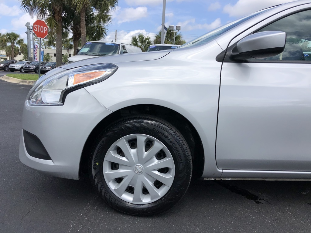 Pre-Owned 2019 Nissan Versa 1.6 S