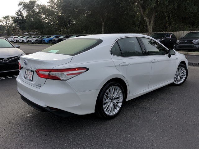 Certified Pre-Owned 2018 Toyota Camry Hybrid XLE