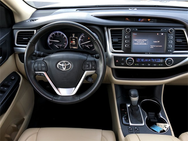 Certified Pre-Owned 2015 Toyota Highlander XLE V6