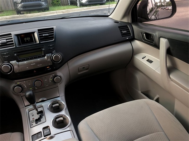 Pre-Owned 2010 Toyota Highlander Base