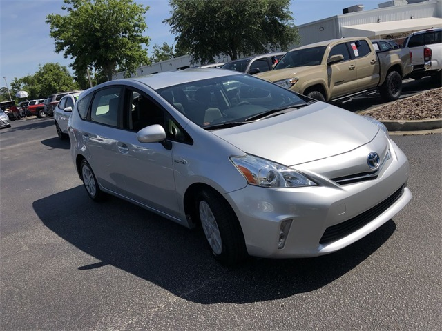 Certified Pre-Owned 2014 Toyota Prius v Three